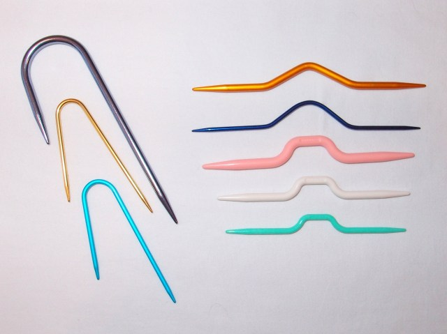Cable Knitting Needles. http://www.itchinforsomestitchin.com