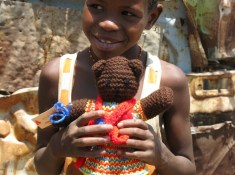 Craft for a Cause: Mother Bear Project. http://www.itchinforsomestitchin.com