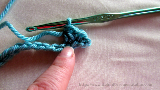 Seed stitch tutorial--Step 3--double crochet. http://www.itchinforsomestitchin.com