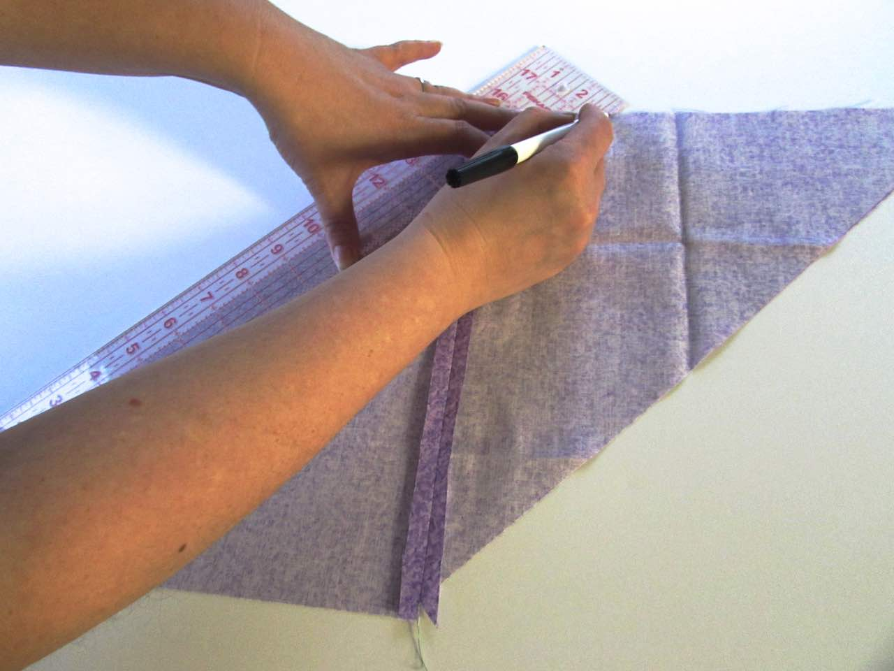 Drawing the 2 inch lines to make continuous bias binding tape by www.itchinforsomestitchin.com