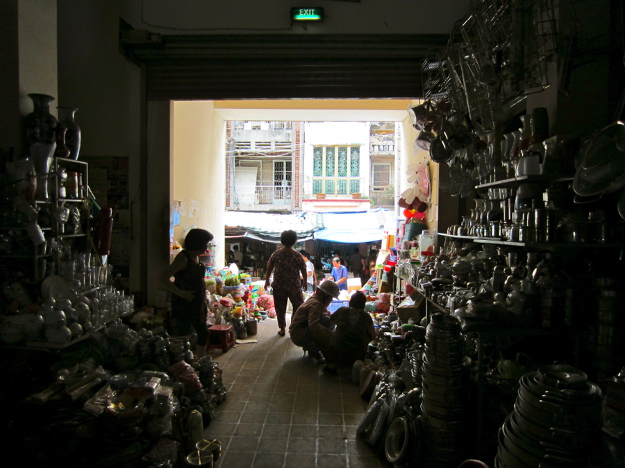 Inside of the Vinh Long Market in Vietnam