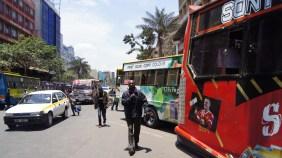 Clara Towett – Matatu: A matatu stop in Nairobi, Kenya (Clara Towett, Wikimedia Commons)