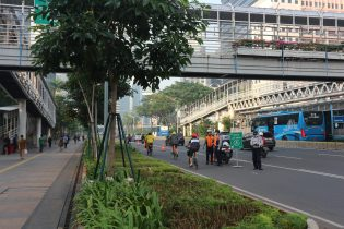 The pop-up bicycle lane in Jakarta saw a massive increase in riders.