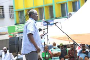 ITDP Africa Board Member Eng. Meshack Kidenda spoke at the event in support of an improved public transit system.