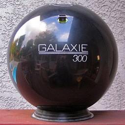 bowling_ball_USB_Flash_drive.jpg