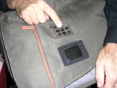 Eleksen Messenger Bag