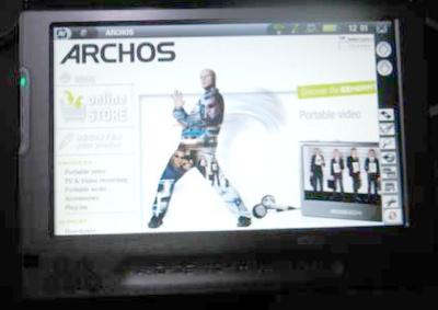 Archos 704 WiFi PMP
