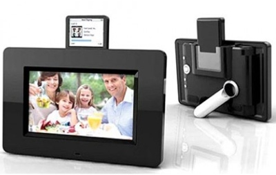 Mustek PF-i700 Photo Frame with iPod Dock