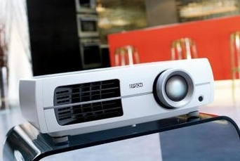Epson EH-TW3000 3LCD HD Projector