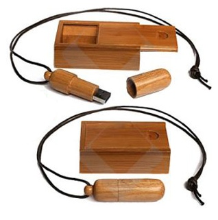 Woody Bamboo USB Flash Drive