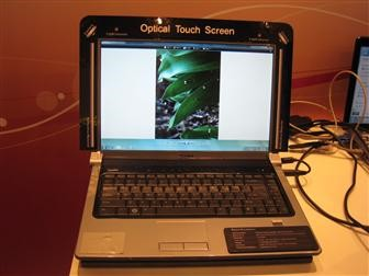 Quanta demos Optical Touch Screen