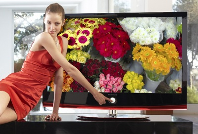 LG Xcanvas LH70 Series LCD HDTV with Bluetooth