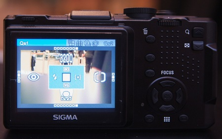 sigma-dp2-pre-production-model-3.jpg