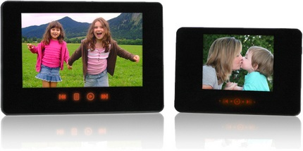 Smartparts SP24PC and SP35PC touch-sensitive Digital Frames