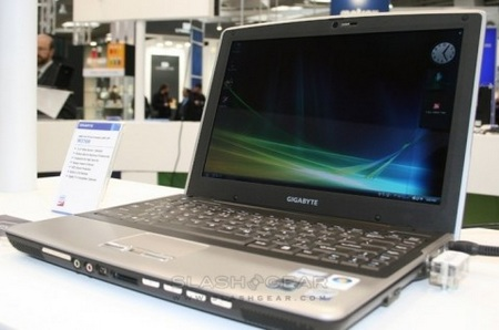 gigabyte-w376m-notebook-with-hsdpa-and-tv-tuner