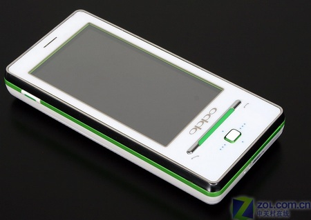 oppo-real-t9-touchscreen-phone-live-1.jpg