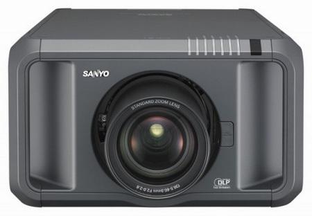 Sanyo PDG-DHT100L Full HD DLP Projector