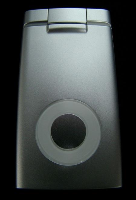 hiphone-nano-n3-flip-phone-3