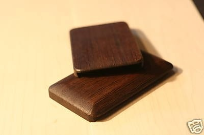 wooden-iphone-case-1