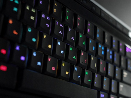 luxeed-u5-color-changing-led-keyboard-1