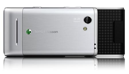 Sony Ericsson T715 HSPA Slider Phone back