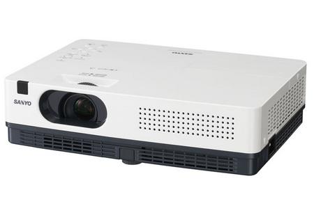 Sanyo PLC-XW250 and PLC-XW200 Ultra-Portable Projectors