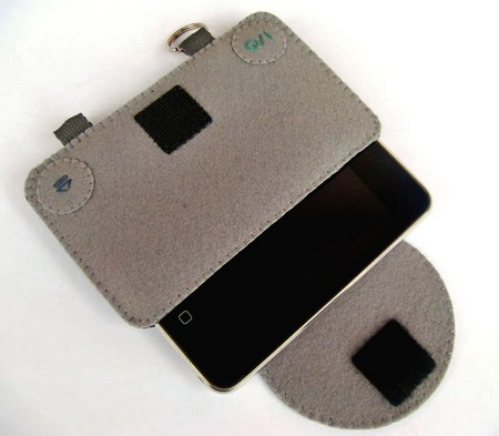 Felt Playstation Case for iPhone opened