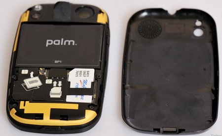 Palm Pre GSM Version live shot back SIM card