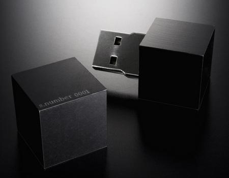 SolidAlliance MNEMOSYNE usb flash drive