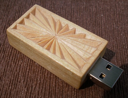 Chip Carved Wooden USB Drive 2GB 1
