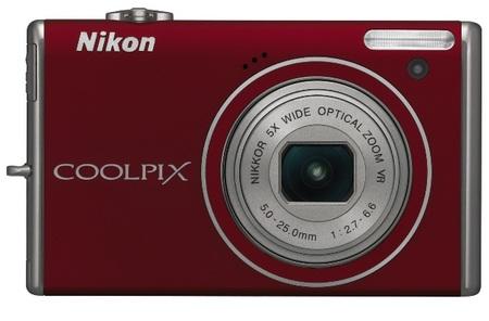 Nikon CoolPix S640 IS Digital Camera red