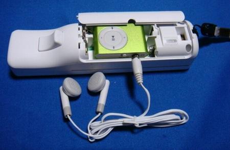 WiiPod - iPod Shuffle inside a Wiimote 1