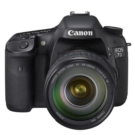 Canon EOS 7D Mid-range DSLR front