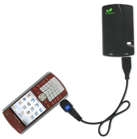 iGo Charge Anywhere Portable Charger with blackberry