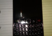 Blackberry Curve 8910 gets Pictured