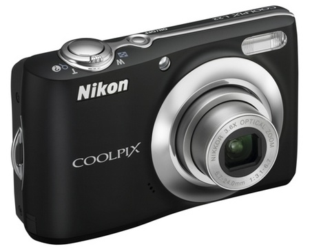 Nikon CoolPix L22 Digital Camera black
