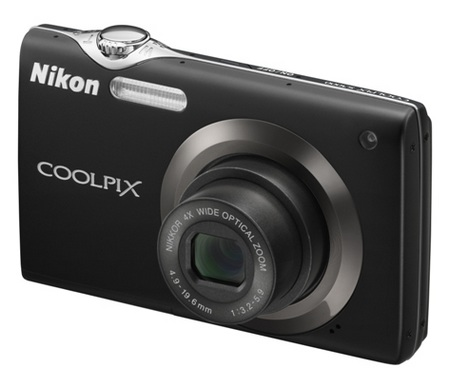 Nikon CoolPix S3000 digital camera black