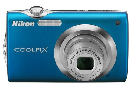 Nikon CoolPix S3000 digital camera blue