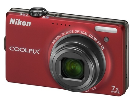 Nikon CoolPix S6000 Digital Camera Red