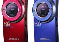 Samsung HMX-U20 and HMX-U15 Pocket Full HD Camcorders red blue