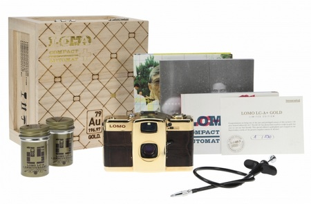 Lomo LC-A+ Gold Limited Edition package