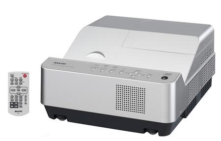 Sanyo PDG-DWL2500J 3D Ready Ultra Short-Focus Projector