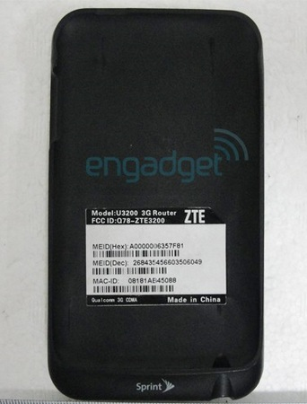 ZTE Peel U3200 iPod touch case is a 3G Router