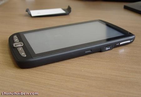 Leader-intl G10 7-inch Android Tablet live shot side