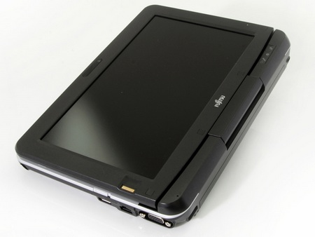 Fujitsu Lifebook T580 Tablet PC with four-finger multi-touch screen