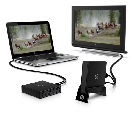HP Wireless TV Connect streams media from notebook to HDTV in use