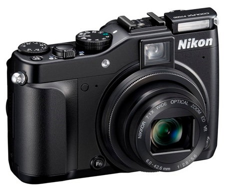 Nikon CoolPix P7000 Prosumer Digital Camera angle flash