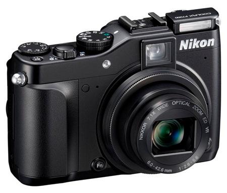 Nikon CoolPix P7000 Prosumer Digital Camera angle flash