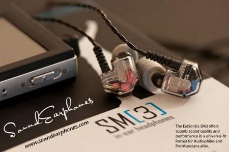 EarSonic SM3 in-ear earphones