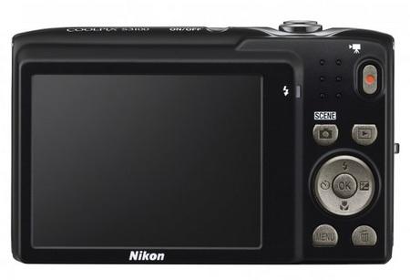 Nikon CoolPix S3100 digital camera back